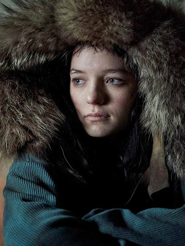 Tv Series Hanna Esme Creed Miles Blue Coat With Shearling Hood